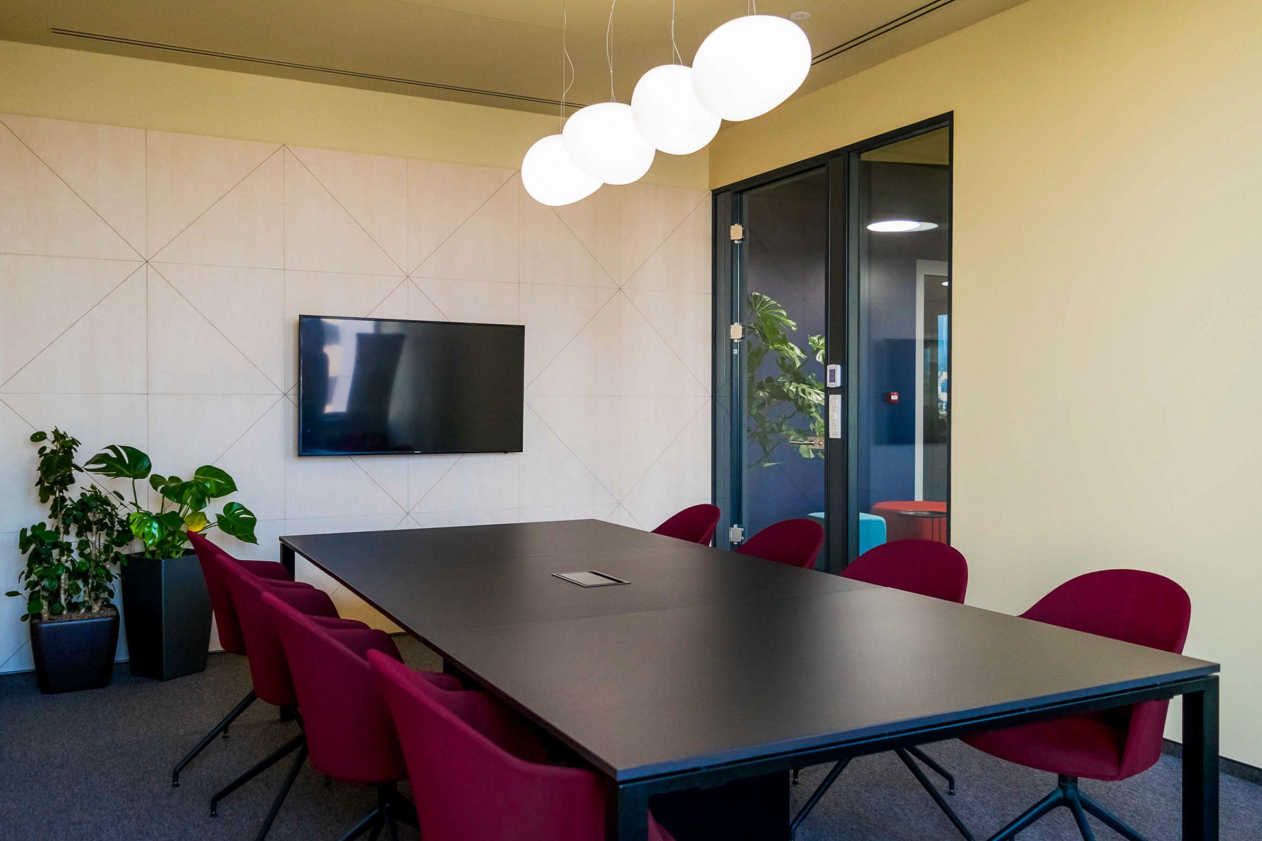 Kancelárske priestory EXXETA, Bratislava, zasadacia miestnosť, VAUarchitects