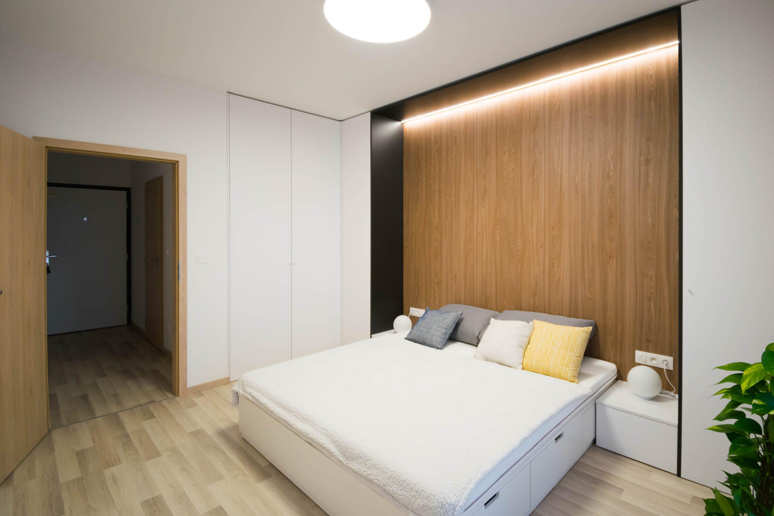 Interiér nájomného bytu, Bratislava, spálňa, VAUarchitects
