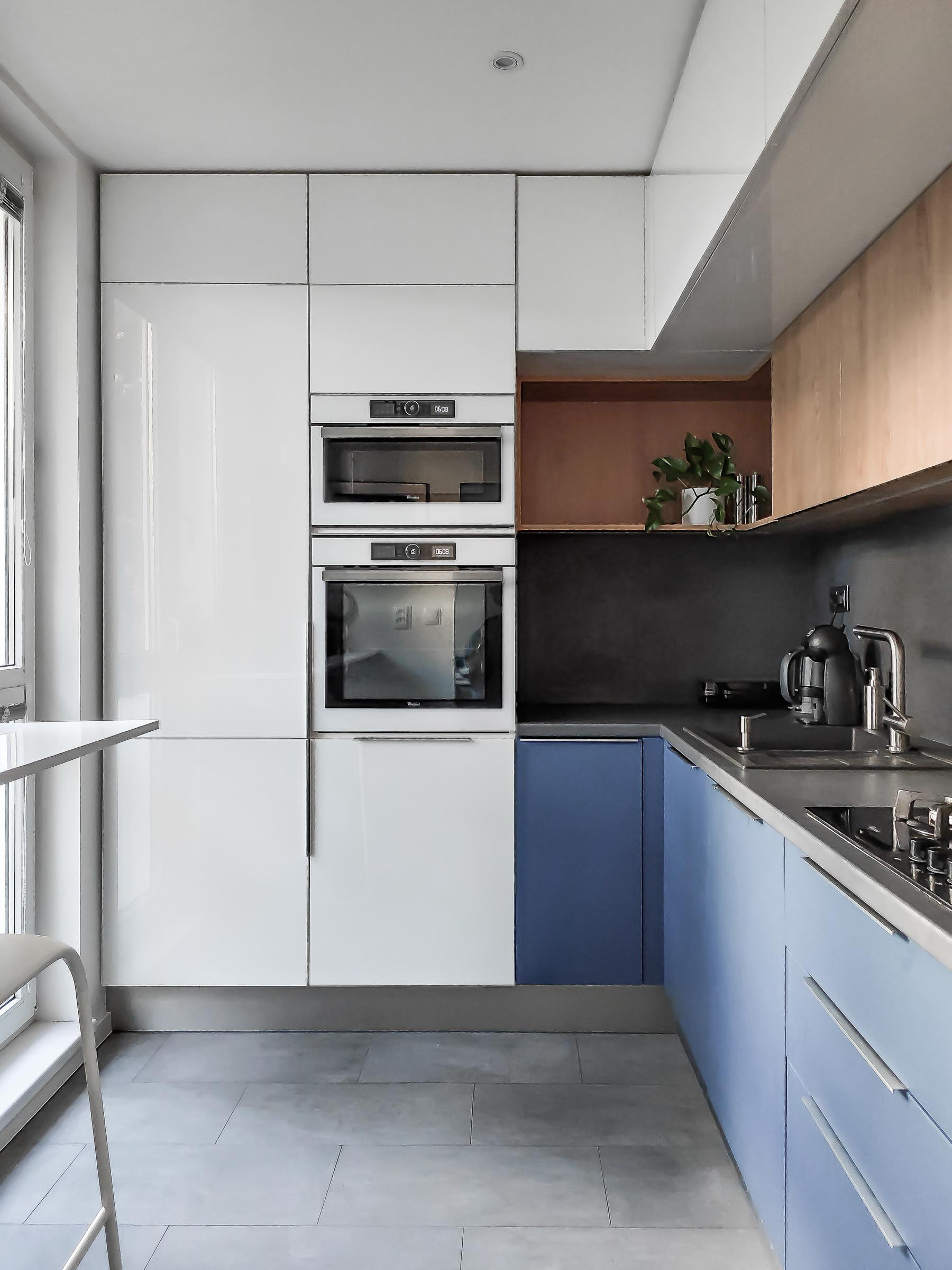 Rekonstrukcia bytu, Ruzinov, kuchyna, VAUarchitects