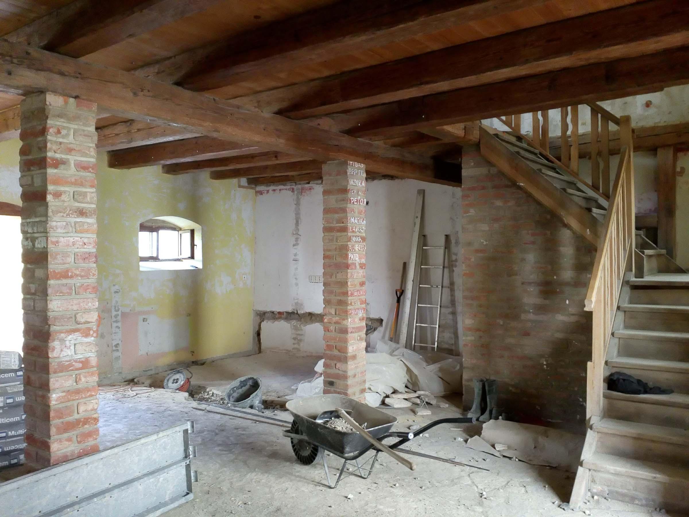 Rekonstrukcia a pristavba kaviarne, bar povodny, VAUarchitects